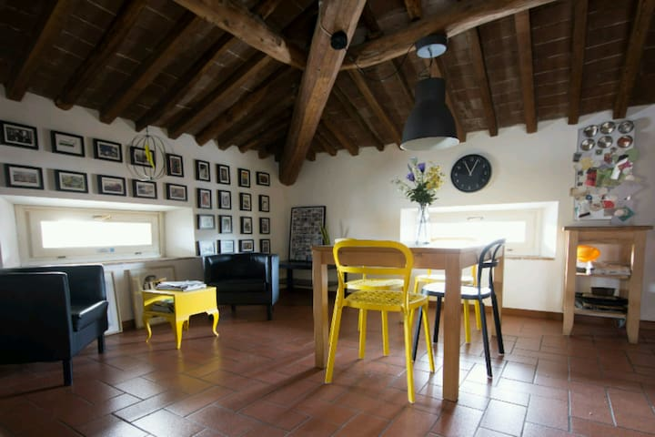 NEW Charming Flat with Parking - Lucca - Apartamento