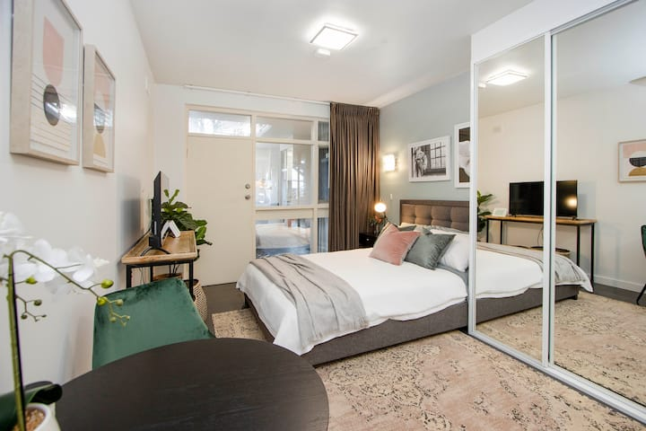 Nth Adelaide Studio Apt With Reverse Cycle Aircon
