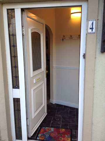 Lovely Apartment Parnell Court Centre Of Ennis
