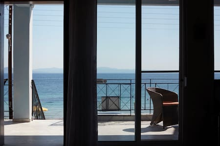 Amazing Beach House ,100sqm, In front of the Sea!
