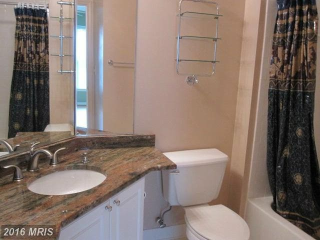 Master Bed Room with private attached bath - Herndon - Appartement en résidence