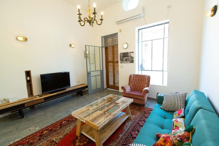 Neve Tzedek ,Artistic spacious in best location .