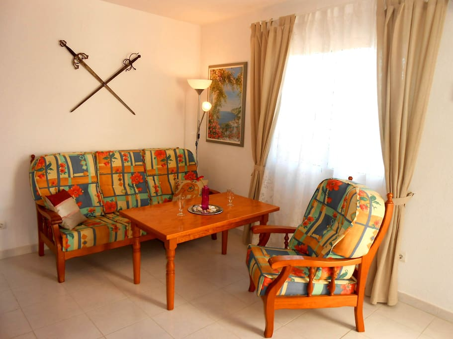 Salón-comedor - Living room - Salle rez de chaussée - Wohnzimmer