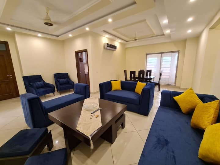 Gulberg - New 2 Bedroom Suite - Central Lahore
