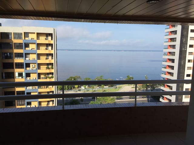 Apartamento na Praia da Ponta Negra - Manaus/Am.