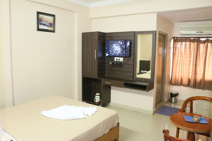 Hotel Akshaya Executive Double Bed Room