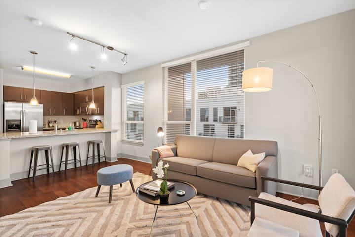 Kasa | San Diego | Adorable 2BD/2BA Apartment