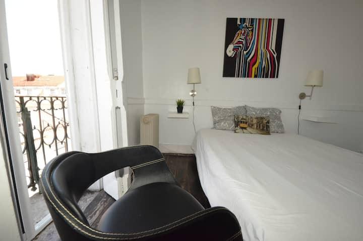 New! Terrace and Room Baixa Chiado