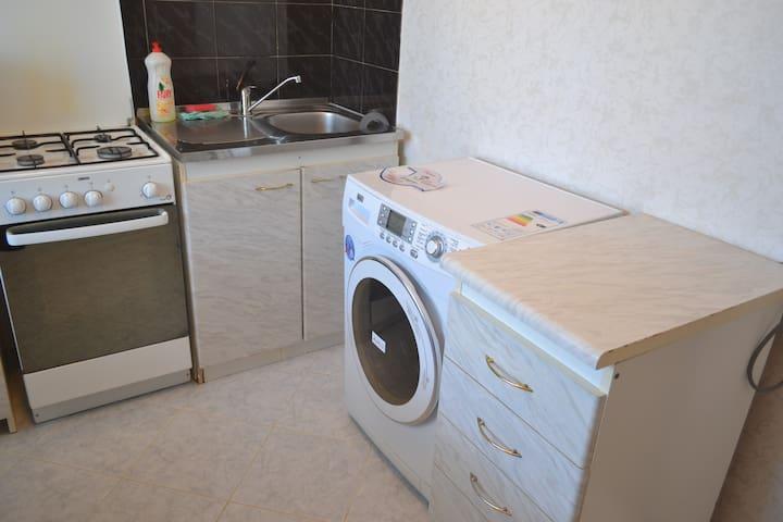 сдается хорошая квартира - Syzran' - Apartment