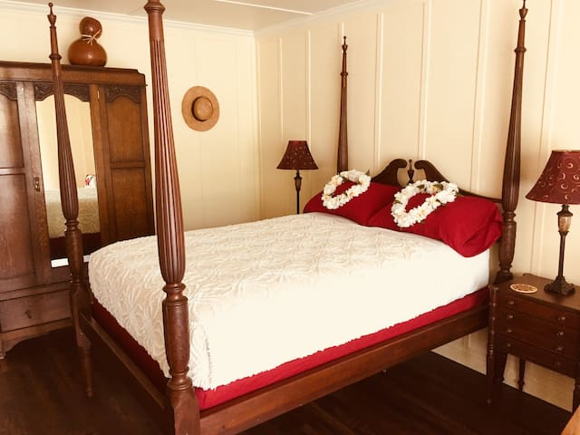 """Authentic antique double bed 30"""" off the floor ;-)"""