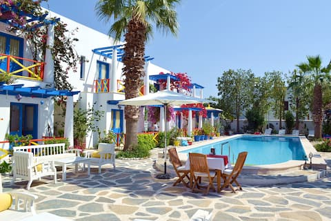 an Oasis in Bodrum Center with Double Rooms