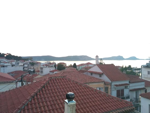 An apartment with stunning view in Pilos.