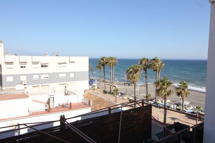 Sailor Apartment. 3 Habitaciones junto al paseo marítimo