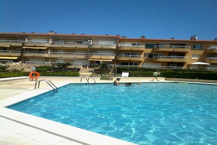 T1 à 50m de la mer avec piscine - Els Griells - Apartament