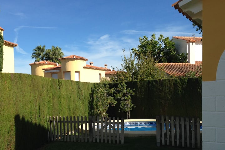 Casa en atractivo Oliva Nova a 300 m de la playa