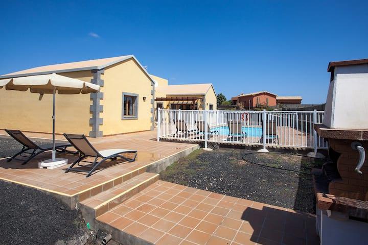 Tao Mazo. 1 Bedroom Villa with private pool