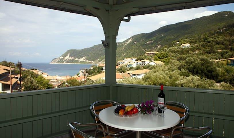 Kalipso Mitos - Agios Nikitas - Bed & Breakfast