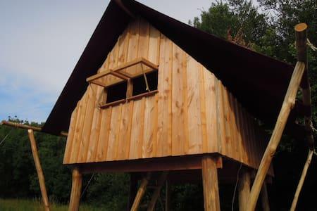 Ecolodge bois/toile pilotis - Bouzillé - Blockhütte