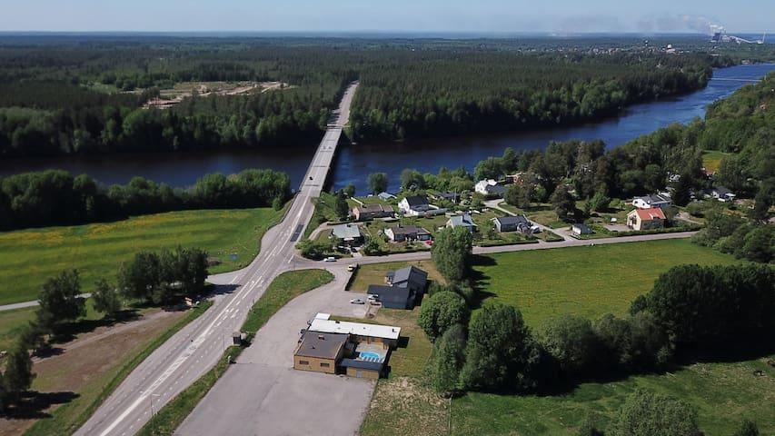 Enkelrum i Dalälvens Rum, Vandrarhem