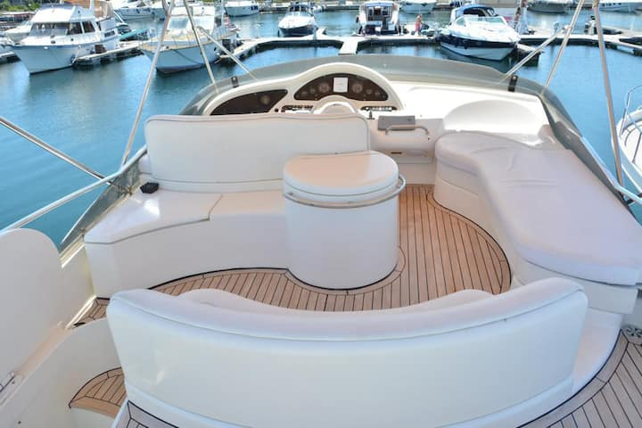 Luxury Yacht Stay Experience (Azimut)