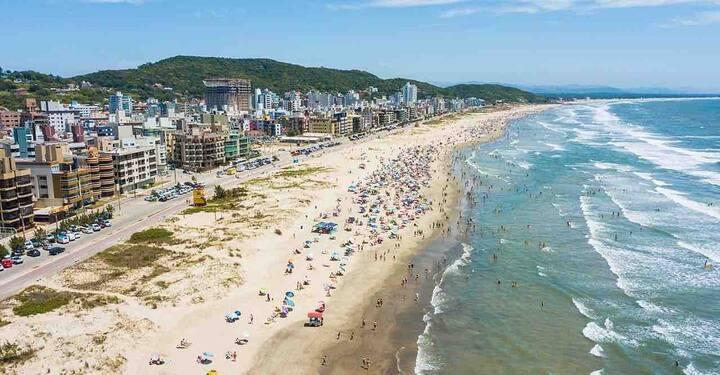 Laguna - 3 QTS/1 SUITE  - 1 Quadra Praia/Mercado