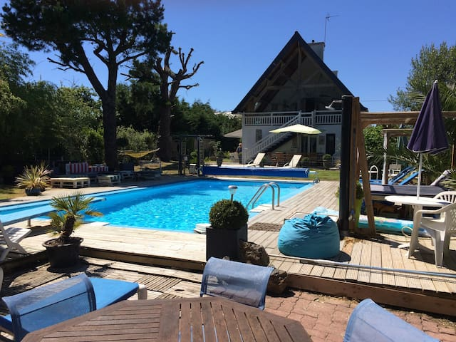 Villa with heated pool near beach - Fouesnant - Villa