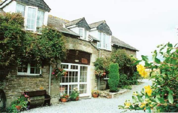 THE GRANGE - Waye Farm - Ermington