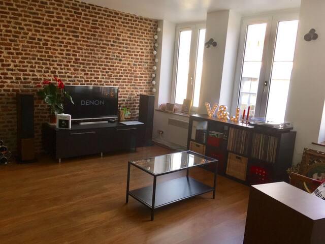 Charmant T3 Vieux-Lille à 10 min centre ville - Lille - Pis