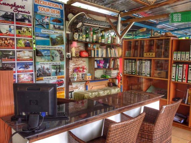 Reception and Tour Desk