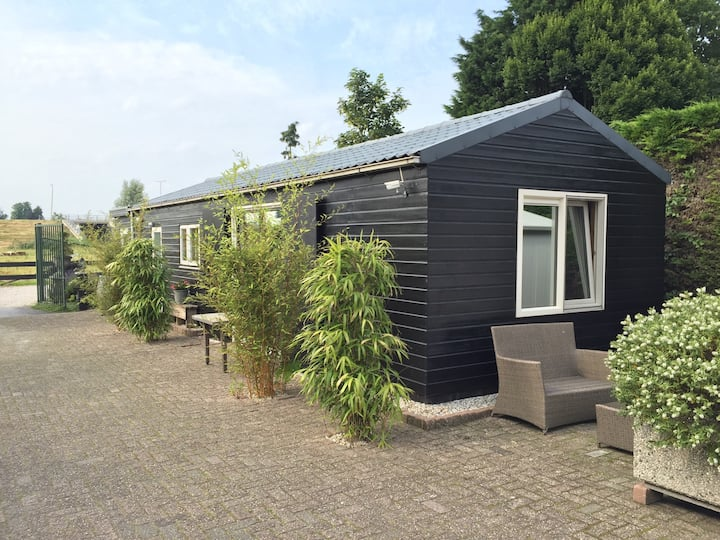 Private house (3pers), close to Dordrecht