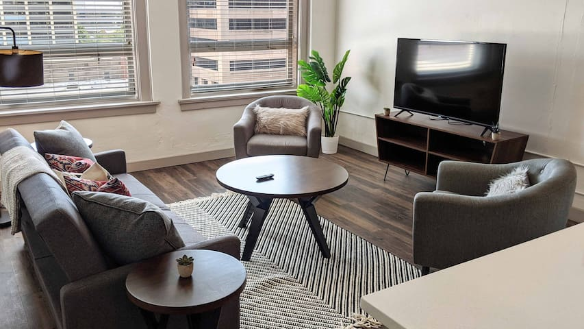 Luxury 1BR Loft in Downtown Wichita