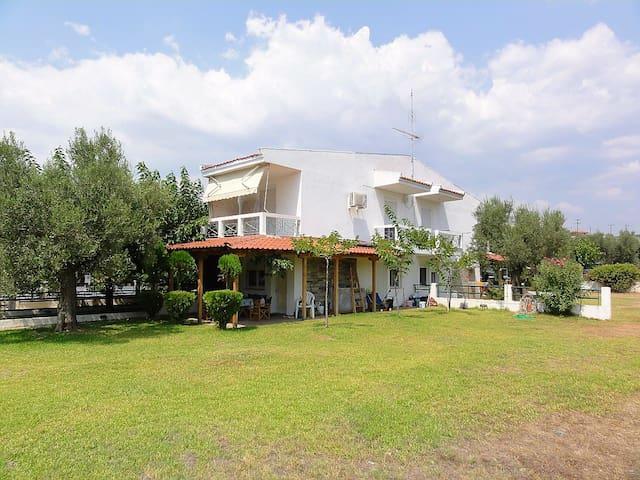 Maison Green Gerakini - Yerakini - Bungalow