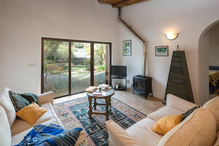 Vivenda Aline Cottage - Charming 1 bedroom rural farm. Ideal for exploring the Algarve!