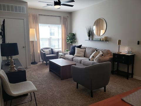 Pet friendly condo minutes from campus and stadium