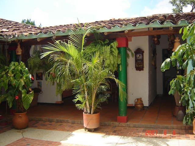 Habitación Finca Cafetera - San Gil - Cabaña
