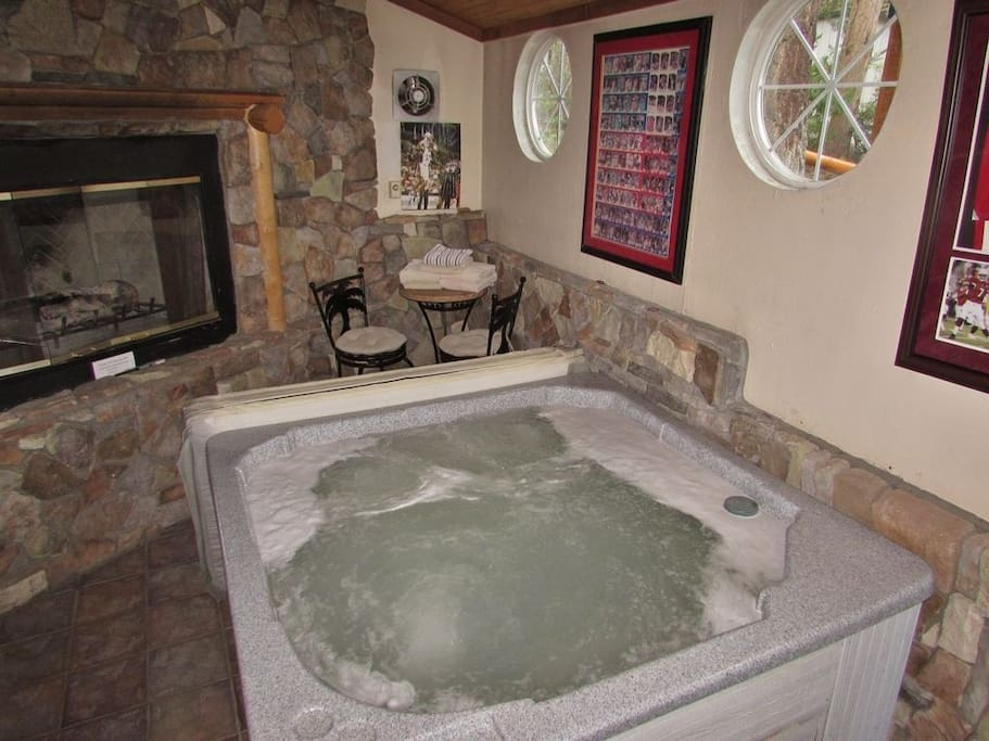 Hot Tub Room - Flat Screen TV and Gas Fireplace