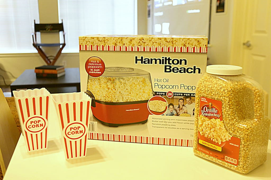 Popcorn with the big screen
