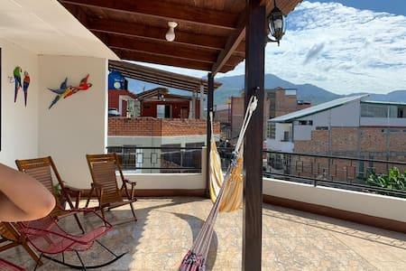 Casa Madiz - Acogedor y Moderno Departamento