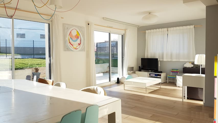 Maison récente tout confort à  10 min de Rennes - Noyal-sur-Vilaine - Casa