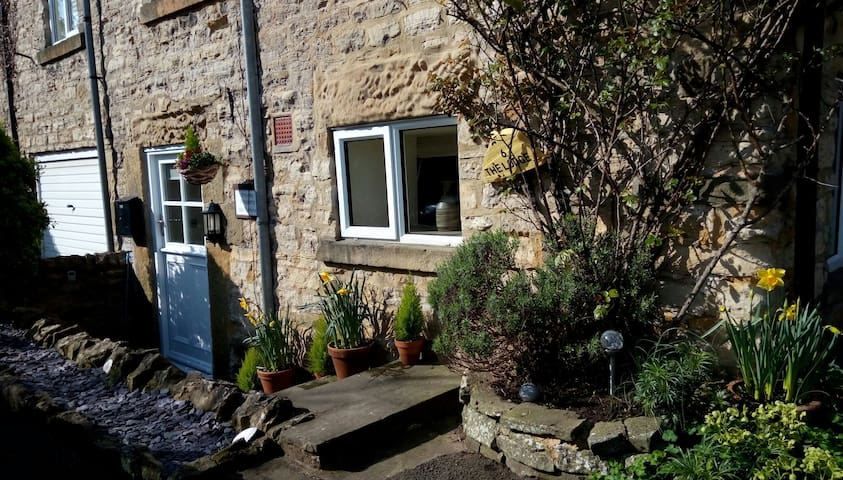 Dairy COTTAGE in Masham near Black Sheep Brewery