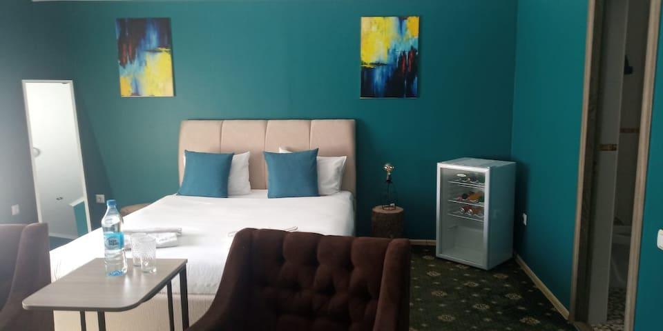 Hotel ALMAPORT shalle