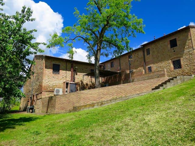 2bed,1bath Garden apt in Chianti! - Montaione - Wohnung
