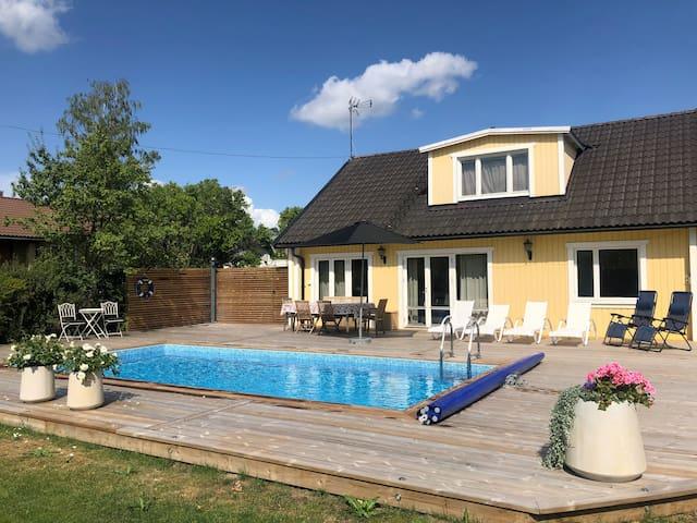Villa in Edsviken (Stockholm) with swimmingpool