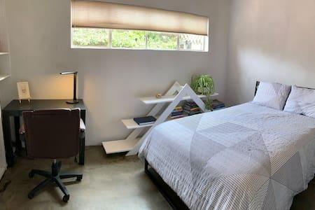 Eco-Villa's Bedroom 2