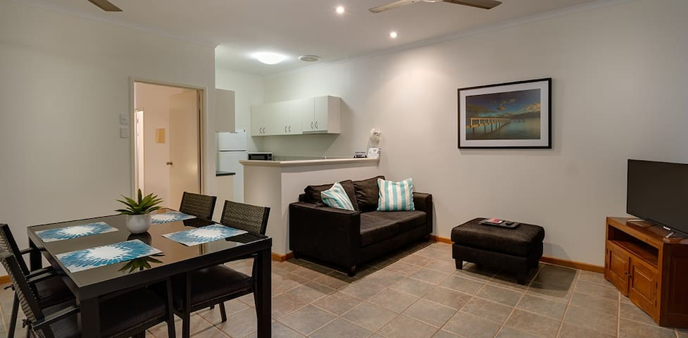 CABLE BEACH CENTRAL APARTMENTS - 1 Bdrm Apartment
