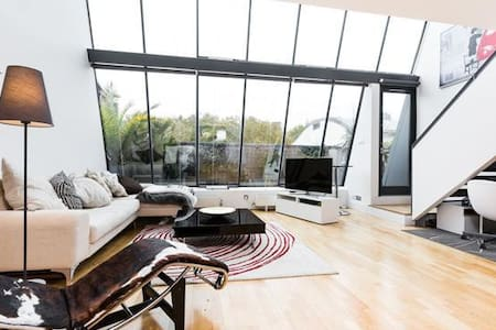80SqM Penthouse, Breathtaking Space - Londres