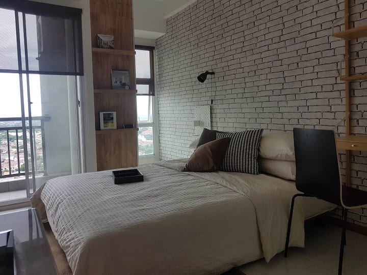Cozy Studio Apartment in BSD