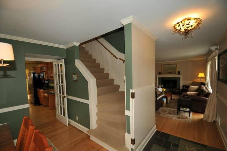 7777 Croot House - Bayside - House