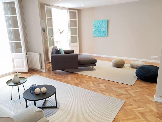 Comfortable room, next to Paseo de Gracia