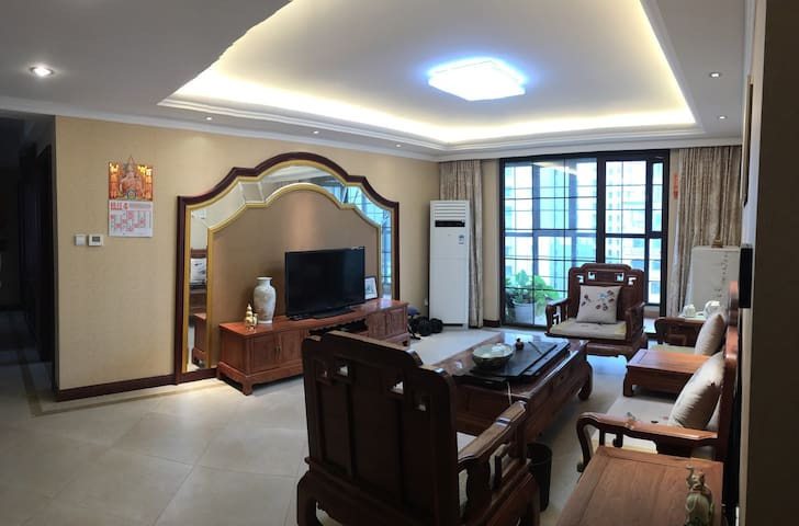 金沙滩豪华度假公寓Seashore VacationApartment - Qingdao - House